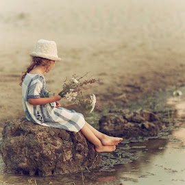 Nevena by Anna Anastasova - Babies & Children Child Portraits ( water, little girl, girl, summer, sea, beauty )