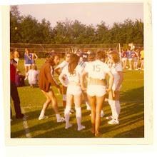 Photo: ver SERVE 68; 1970-Coevorden-2 een bemoedigend woordje van Sieb