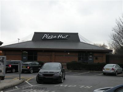 Pizza Hut On Coldharbour Lane Restaurant Pizzeria In