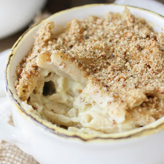 Sharp White Mac and Cheese Bake