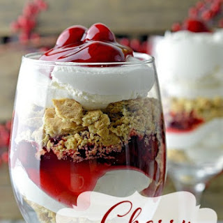 Cherry Cheesecake Trifle Dessert – The Perfect Christmas Trifle Recipe!