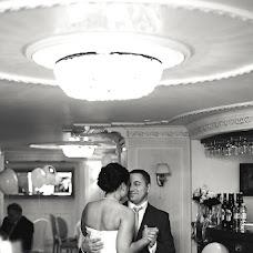 Wedding photographer Anton Kuzmin (AntonKuz). Photo of 07.03.2014