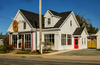 Photo: The Red Shoe Pub, Mabou NS