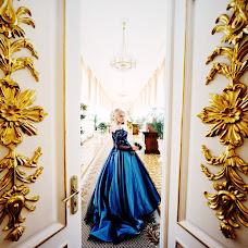 Свадебный фотограф Дмитрий Шумеев (wedmoment). Фотография от 02.10.2018