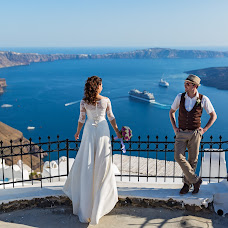 Wedding photographer Eduard Gruzdev (Santorines777). Photo of 24.02.2017