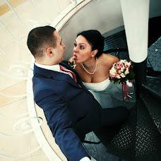 Wedding photographer Anton Kuzmin (AntonKuz). Photo of 05.03.2014