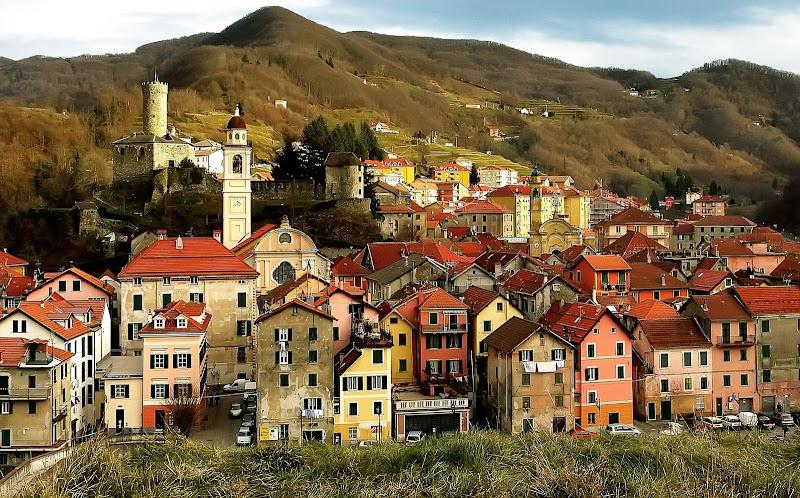 Il borgo antico della filigrana. di Naldina Fornasari