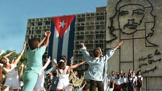 古巴每年10月舉行紀念活動,懷念為古巴革命做出貢獻的阿根廷人切·格瓦拉。