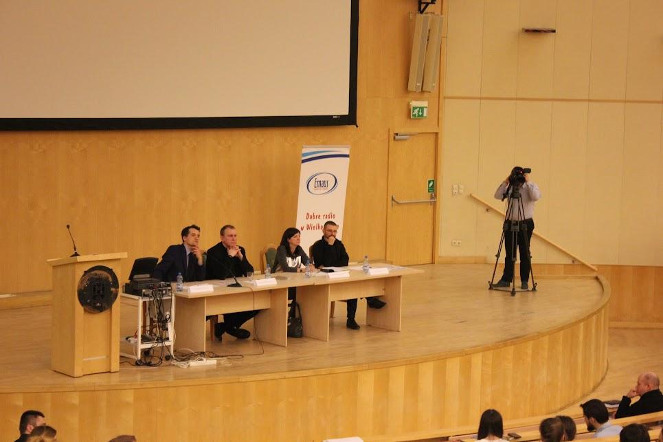 zdjęcie debata