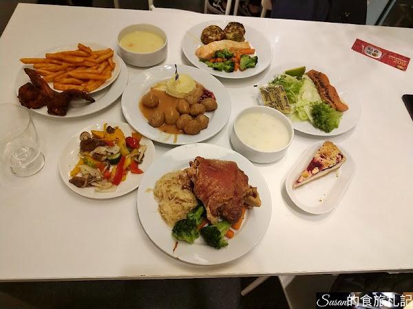 台中美食|IKEA會員生日好康,宜家家居餐廳主餐買一送一,脆皮豬腳、鮭魚菲力,飲料、沙拉、湯品、炸物、甜點應有盡有