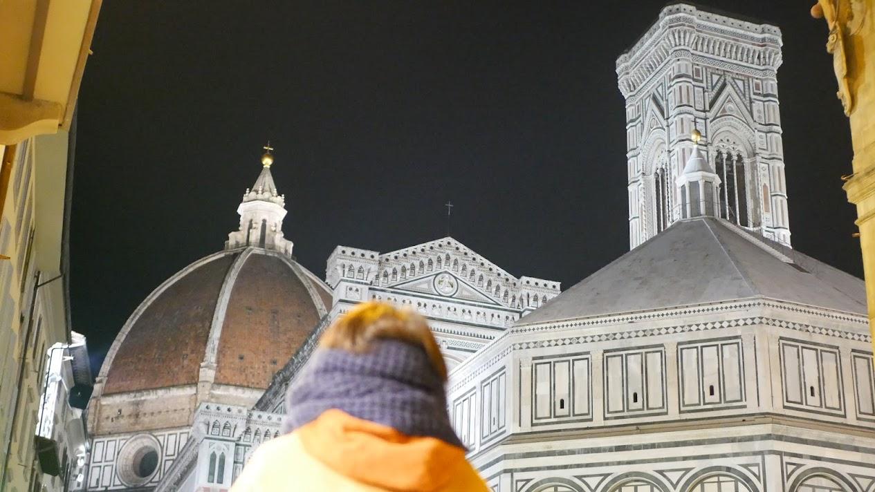 夜のフィレンツェ歴史地区