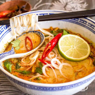 Chinese Noodle Soup Recipe with Vegetables