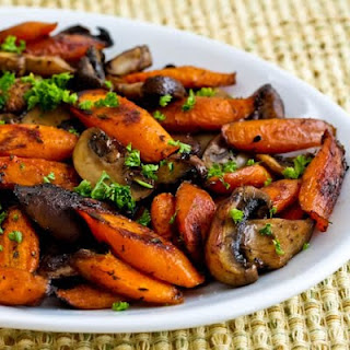 Roasted Carrots and Mushrooms with Thyme.
