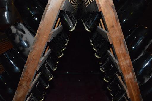 O método de produção de Champagne explicado passo a passo em português