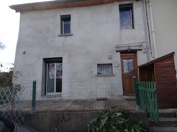 maison à Ris (63)