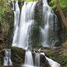 Koleshino waterfall  by Emil Chuchkov - Landscapes Waterscapes ( cuckove canon landscape waterfall koleshino )