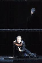 Photo: CHOWANSCHTSCHINA an der Wiener Staatsoper. Inszenierung: Lev Dodin. Premiere 15. November 2014. Elena Maximova. Foto: Wiener Staatsoper/ Pöhn