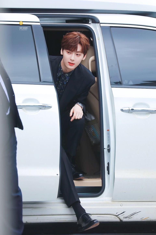 hwang minhyun suit 9