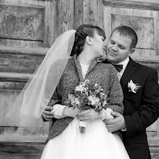 Wedding photographer Lyudmila Epanchinceva (fotomila). Photo of 01.12.2013
