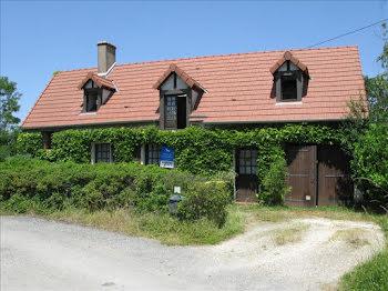 maison à Saint-Eloy-de-Gy (18)