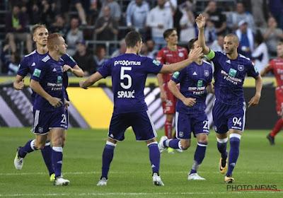 Anderlecht ging in extremis nog op zoek naar een linksback