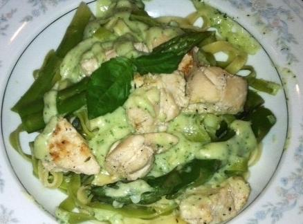 Shown with Spinach and regular Fettuccine