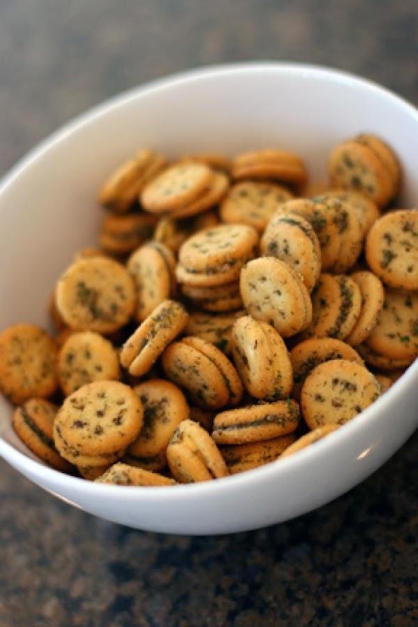 Herbed Ritz Crackers Recipe