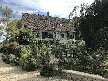 maison à Les Bordes (89)