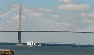 Photo: The large suspension bridge in the western hemisphere.
