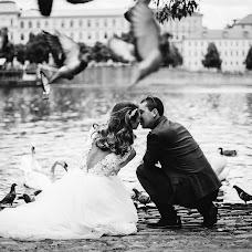 Wedding photographer Yulya Pushkareva (feelgood). Photo of 22.11.2016