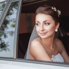 Wedding photographer Valentina Dovbenchuk (redpartizanka). Photo of 12.08.2014