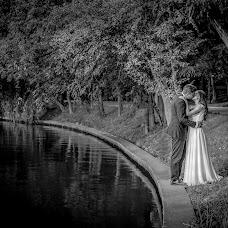 Wedding photographer Costin Tertess (CostinTertess). Photo of 25.03.2017