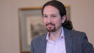 El líder de Podemos, Pablo Iglesias, tras la rueda de prensa en el Congreso de los Diputados.