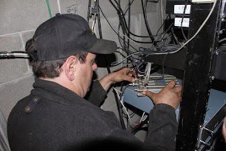 Photo: Connecting the repeater to the duplexer