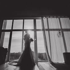 Wedding photographer Oleg Garasimec (GARIKAFTERWORK). Photo of 07.11.2016