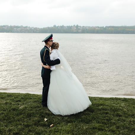 Wedding photographer Andrey Purshak (FotoTime). Photo of 13.01.2018