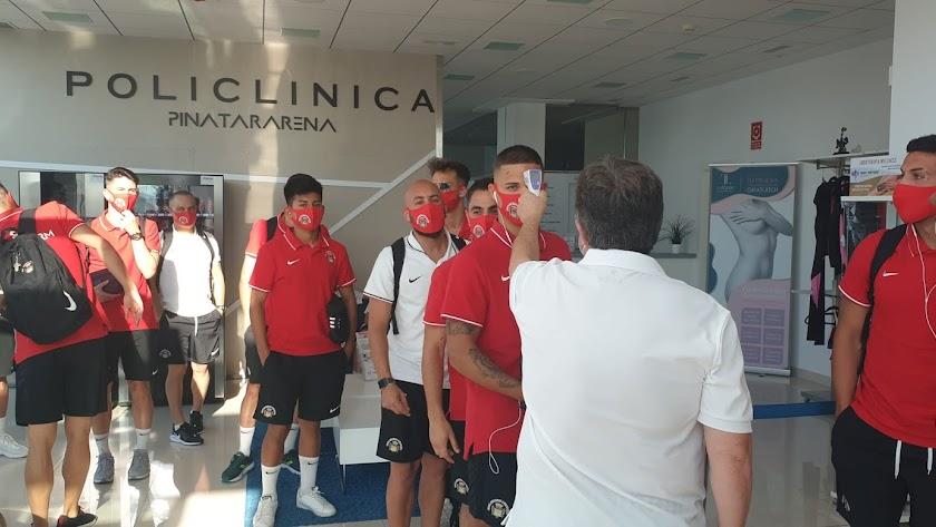 Los jugadores del Pulpileño, antes de jugar con el Lorca.