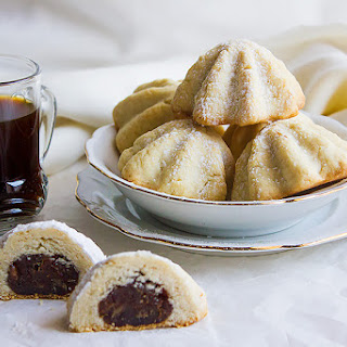 Maamoul Date Filled Arabian Cookies.