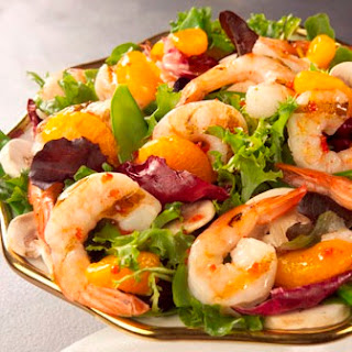 Grilled Shrimp Salad with Raspberry Vinaigrette