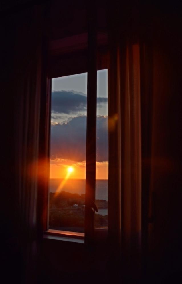 finestra al tramonto di g.de.f