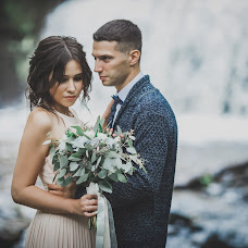 Wedding photographer Yanka Partizanka (Partisanka). Photo of 06.09.2018