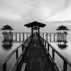 No Epic Sunrise by Robertho Ponomban - Landscapes Beaches ( sunrises, bw, beach, landscapes )