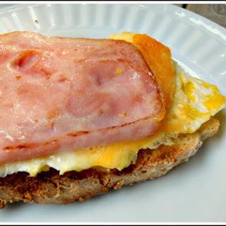 English Muffin Bread & Egg Sandwiches Recipe