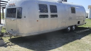 Airstream vs. House on Wheels