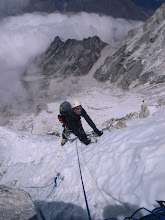 Photo: Snow climbing on Ama Dablam