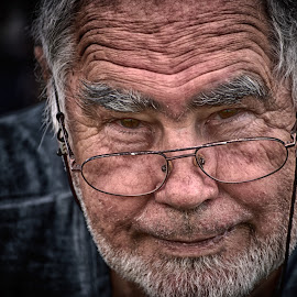 Gianni by Marco Bertamé - People Portraits of Men ( glasses, beard, headshot, elderly, person, looking, man, portrait, eyes, wrinkle, human )