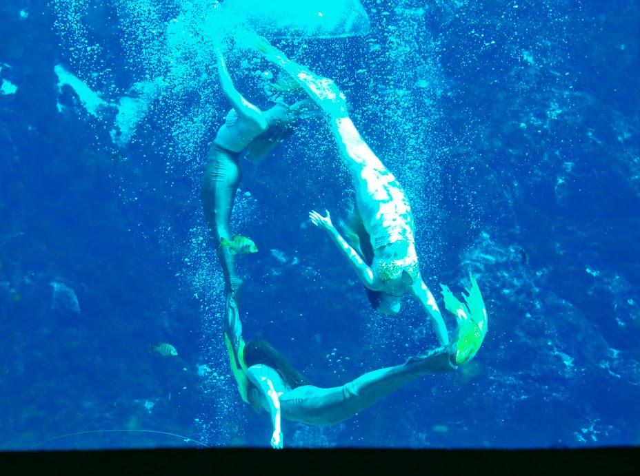 A ring of mermaids