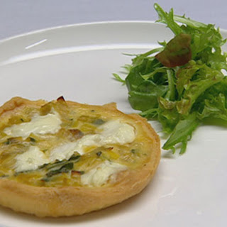 Caramelised Leek, Goats Cheese and Sage Tart with Baby Leaf