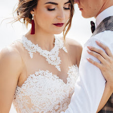 Wedding photographer Valentina Zharova (TinaZharova). Photo of 11.07.2017