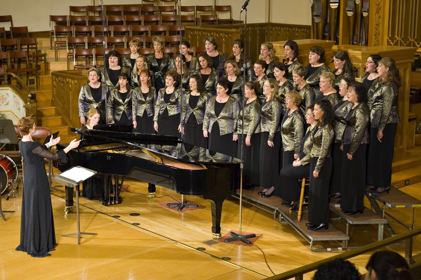 Choir sings in the Assembly Hall on Temple Square